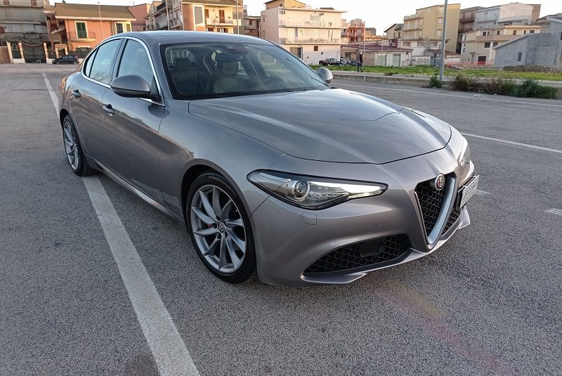 ALFA ROMEO Giulia 2.2 TD 180cv super